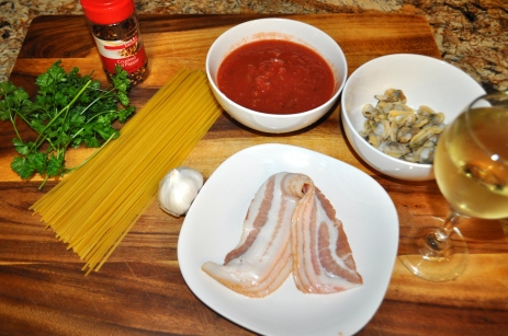 Linguine with Clams, Tomatoes, and Bacon - Ingredients