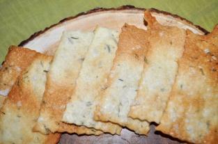Rosemary Sourdough Crackers