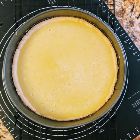 Fill cooled crust with lemon filling